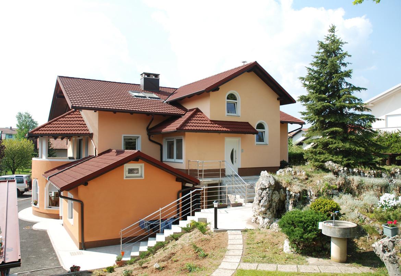 GERARD KLASIK Rosso Postojna, Slovenia